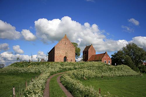 Kerk van Ezinge (overgenomen van de site van RTV Noord)
