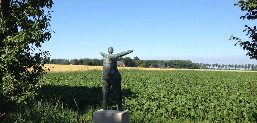 Maarten-Burggraaff-vrouw-brons-zeerijp